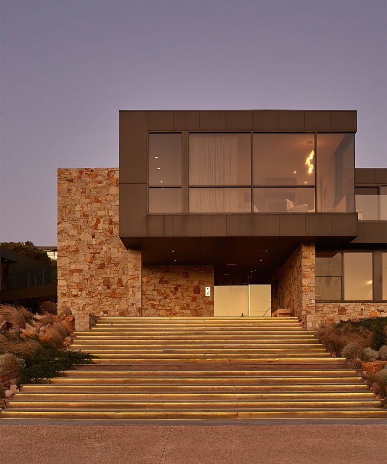 Ocean Residence by FMD Architects 05