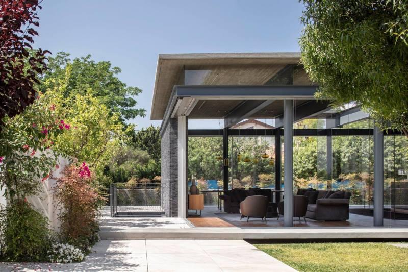 Pavilion House by Pitsou Kedem Architects 01