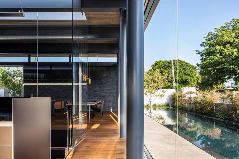 Pavilion House by Pitsou Kedem Architects 05