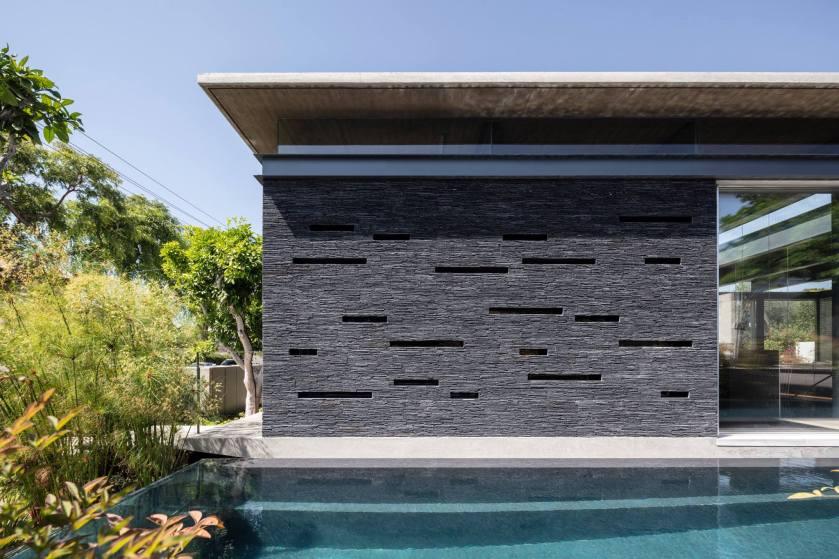 Pavilion House by Pitsou Kedem Architects 09