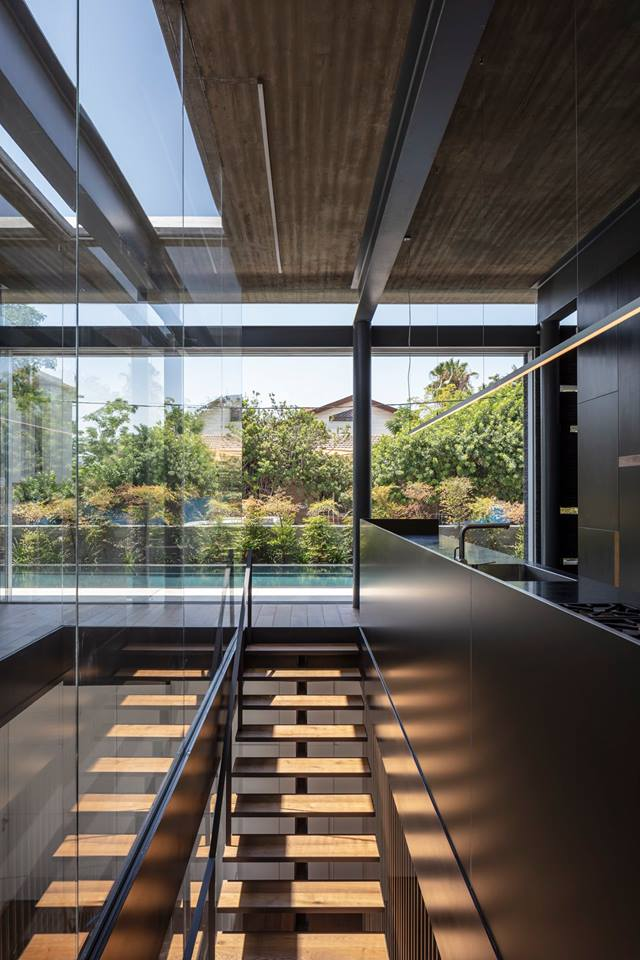 Pavilion House by Pitsou Kedem Architects 13