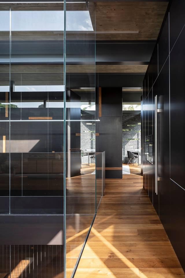 Pavilion House by Pitsou Kedem Architects 14