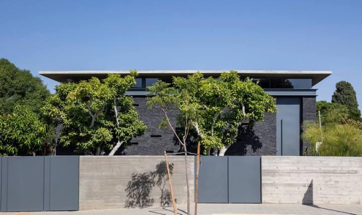 Pavilion House by Pitsou Kedem Architects 17