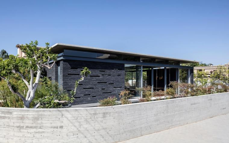 Pavilion House by Pitsou Kedem Architects 22