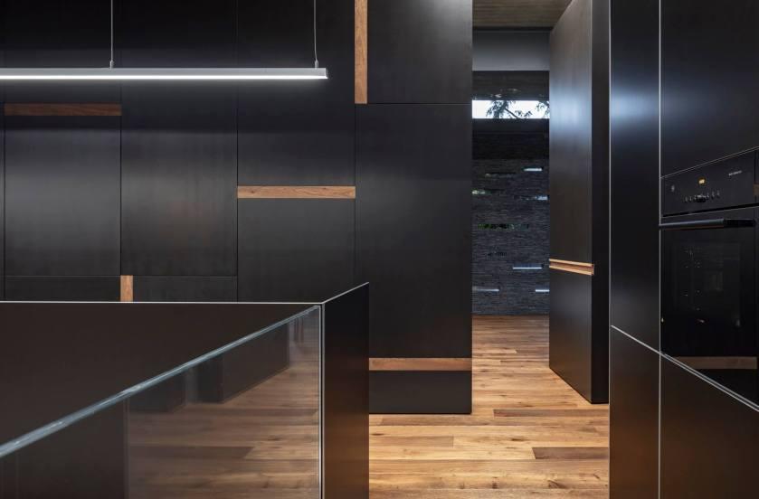 Pavilion House by Pitsou Kedem Architects 24