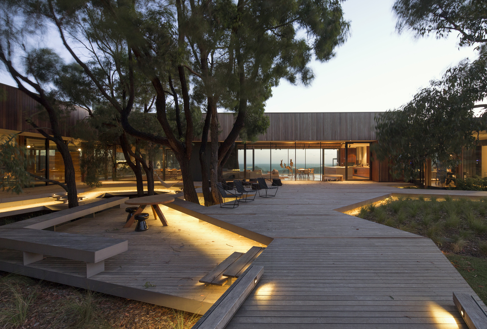Place to Day Dream by Tony Hobba Architects 07