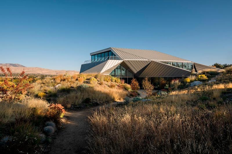 Shapeshifter house by Ogrydziak Prillinger Architects (OPA) 01