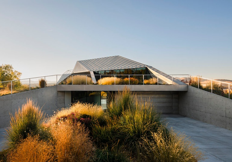 Shapeshifter house by Ogrydziak Prillinger Architects (OPA) 05