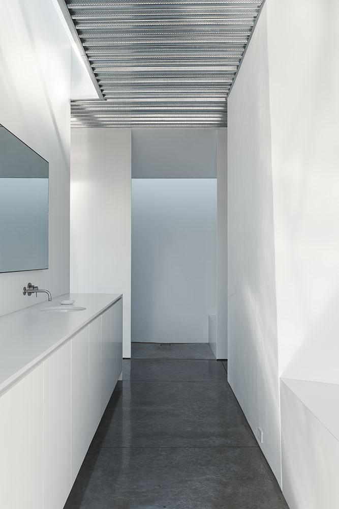 Shapeshifter house by Ogrydziak Prillinger Architects (OPA) 11
