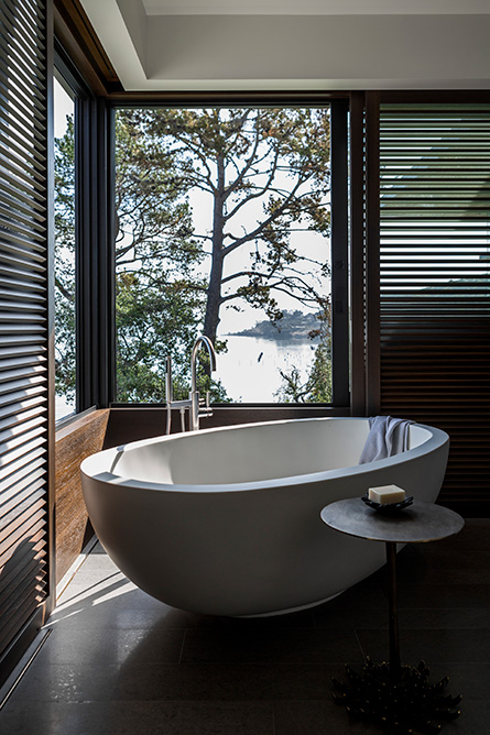 Tiburon Bay View Residence by Walker Warner Architects 17
