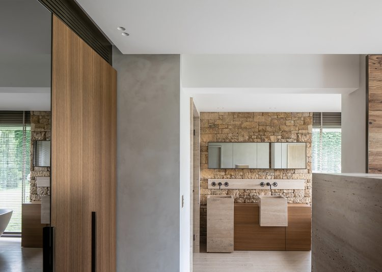Villa Fidji by Caprini & Pellerin Architects 12