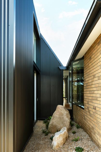 Binary House by Christopher Polly Architect 03