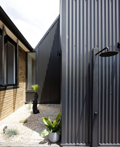 Binary House by Christopher Polly Architect 11