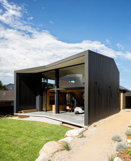 Binary House by Christopher Polly Architect 12