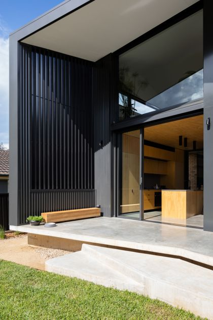Binary House by Christopher Polly Architect 19