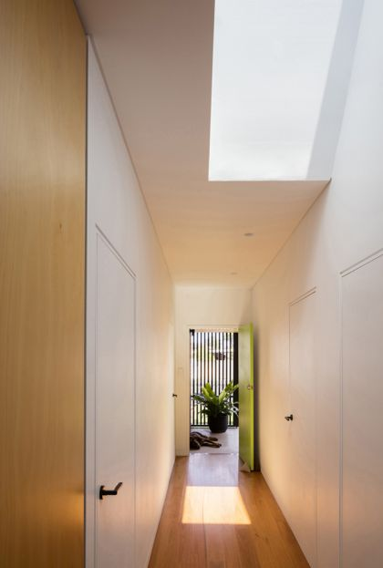 Binary House by Christopher Polly Architect 24