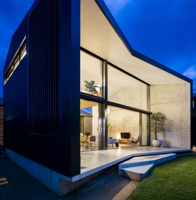 Binary House by Christopher Polly Architect 43