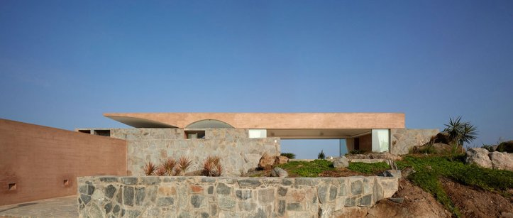 C3 House by Studio Barclay & Crousse 03
