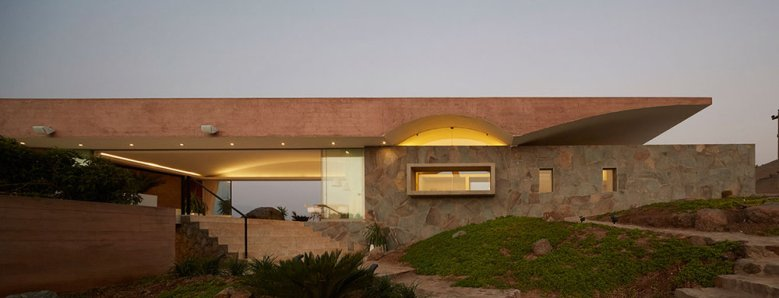 C3 House by Studio Barclay & Crousse 06