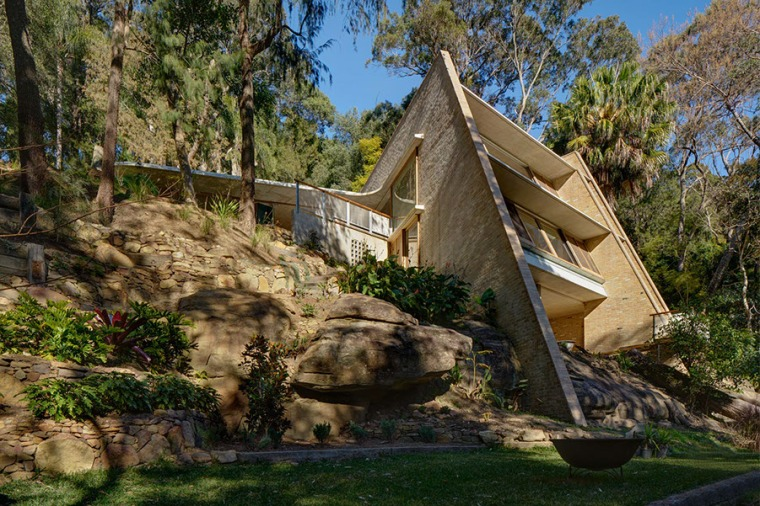 Cabbage Tree House by Peter Stutchbury Architecture 01