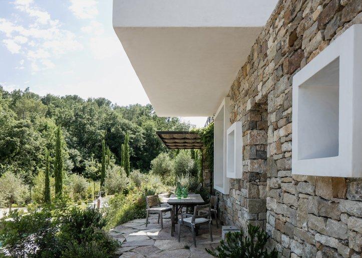 Casa Vara by Caprini & Pellerin Architectes 03