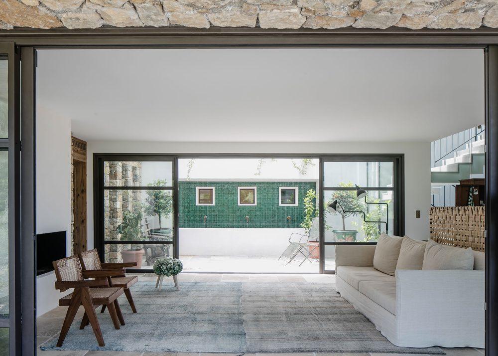 Casa Vara by Caprini & Pellerin Architectes 08