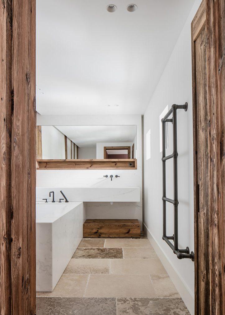 Casa Vara by Caprini & Pellerin Architectes 11