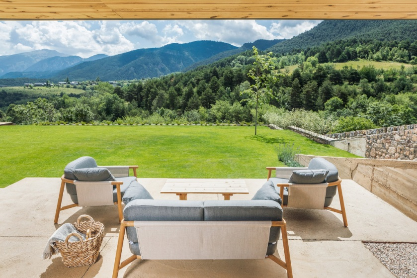House in la Cerdanya by Dom Arquitectura 04