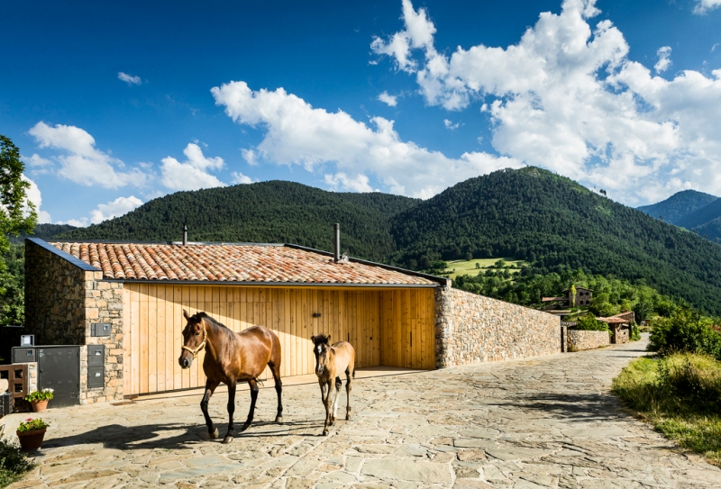 House in la Cerdanya by Dom Arquitectura 12