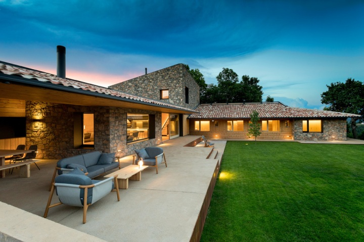 House in la Cerdanya by Dom Arquitectura 20