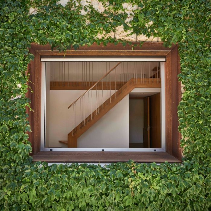 J House by Nabil Gholam Architects 12