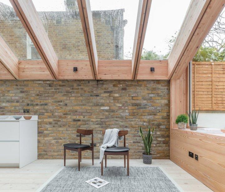 Larch House by Nicholas Szczepaniak Architects 04