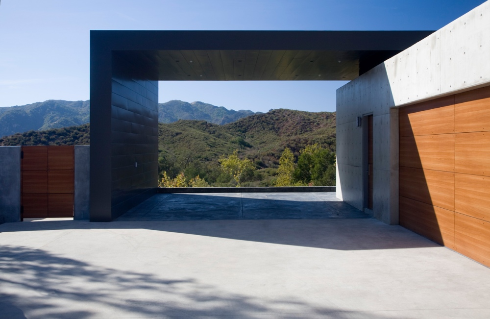 Lima Residence by Abramson Teiger Architects 03