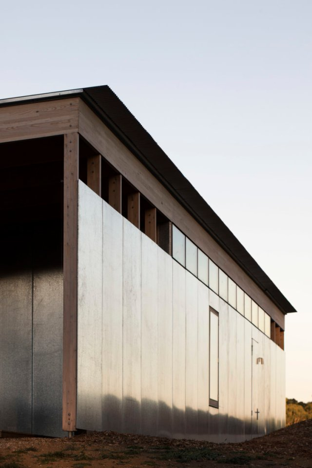 Springhill House by Lovell Burton Architecture 04