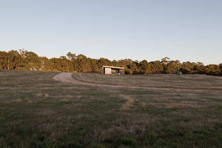 Springhill House by Lovell Burton Architecture 07