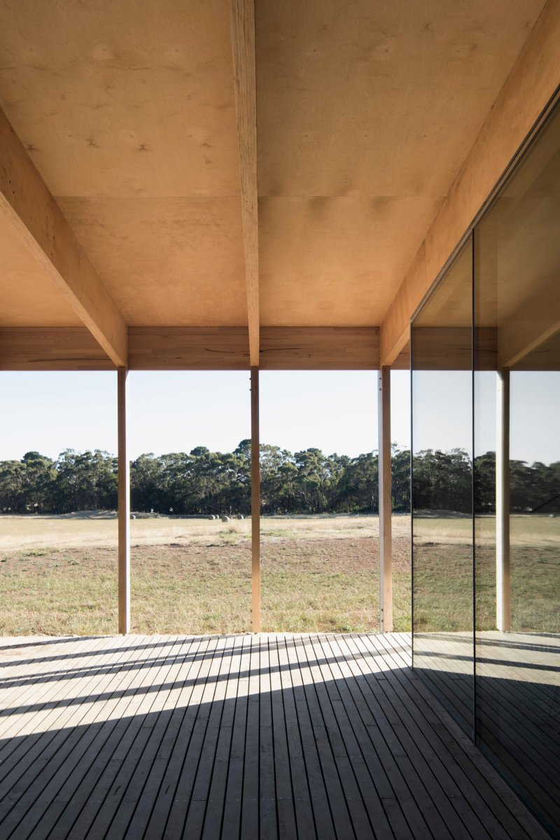 Springhill House by Lovell Burton Architecture 10