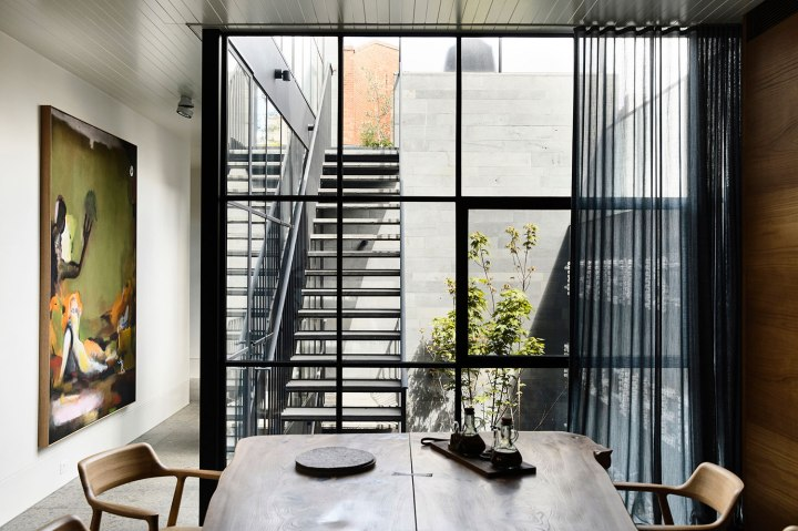 St Vincents Place Residence by B.E Architecture 01