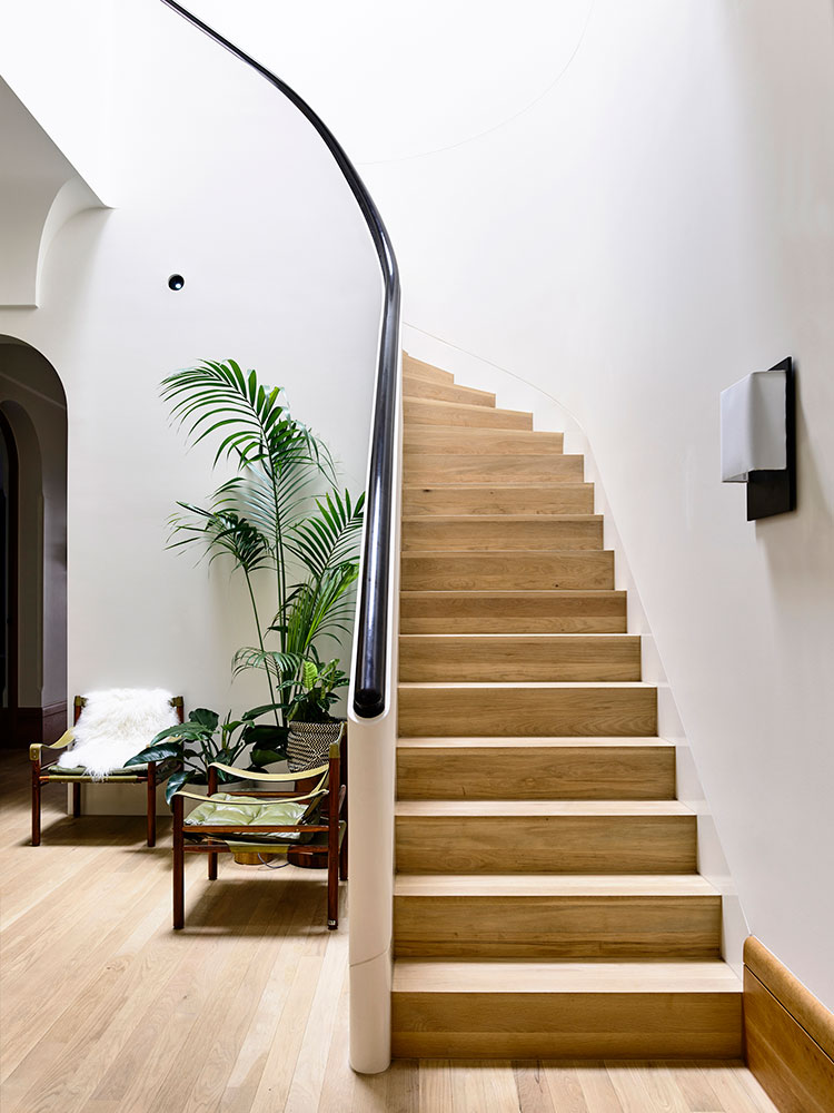 St Vincents Place Residence by B.E Architecture 05