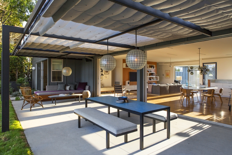 Sunswept Drive by Bestor Architecture 04