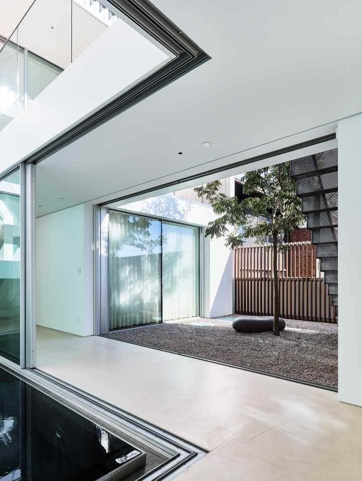 Pacific Heights Residence by Jensen Architects 11