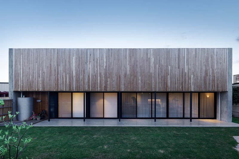 PR House by Architects Ink 05