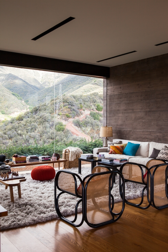 Toro Canyon House by Bestor Architecture 06