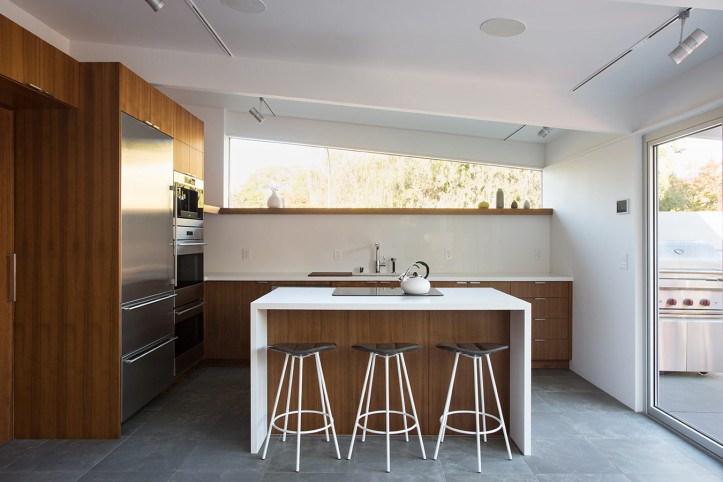 Truly Open Eichler House by Klopf Architecture 07