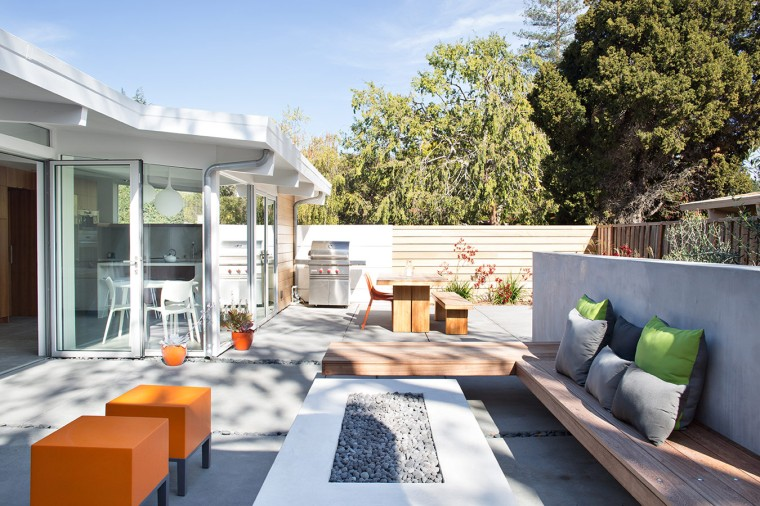 Truly Open Eichler House by Klopf Architecture 13
