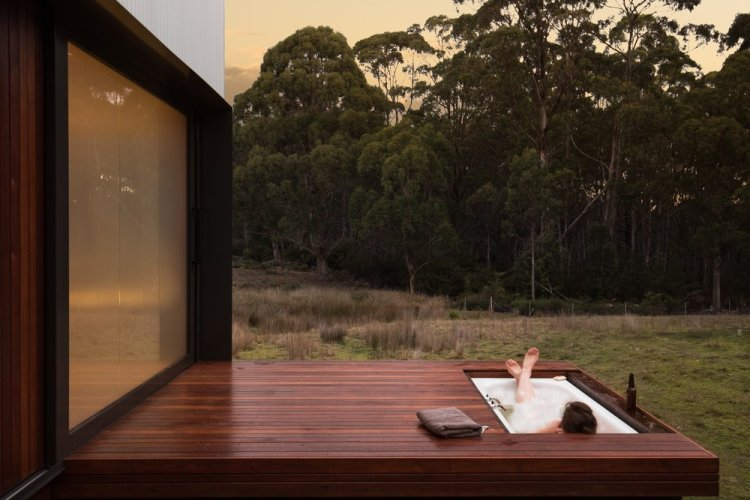 Bruny Island Hideaway by Maguire + Devine Architects 03