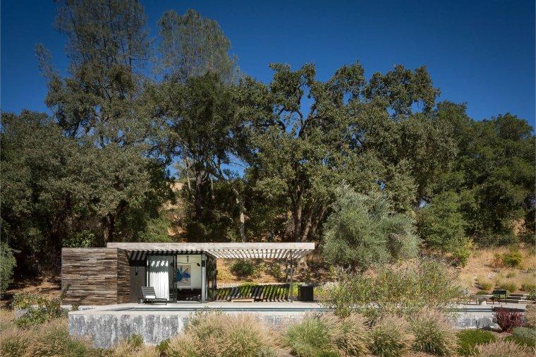 Dry Creek Pool House by Ro Rockett Design 02
