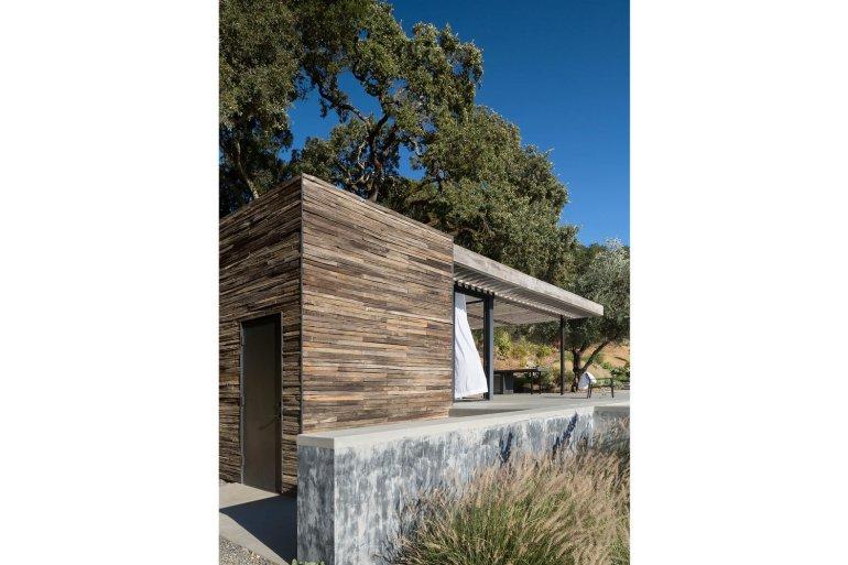 Dry Creek Pool House by Ro Rockett Design 05