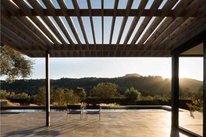 Dry Creek Pool House by Ro Rockett Design 11