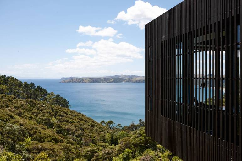 Lantern House Waiheke by Herbst Architects 10