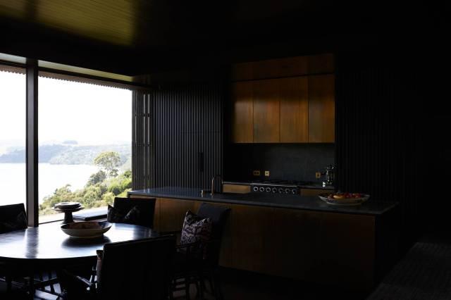 Lantern House Waiheke by Herbst Architects 14